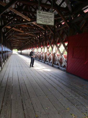 Wakefield, Canada: Covered bridge