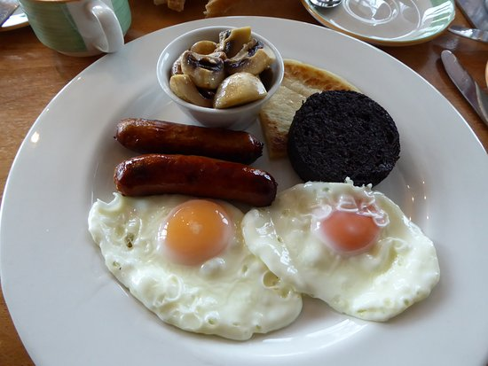 Cairn Hotel : Breakfast with room, off the menu. Black pudding was very good.