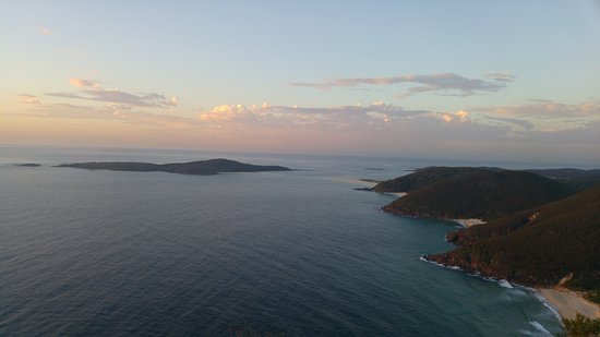 Fingal Bay, Australia: Views from the top.