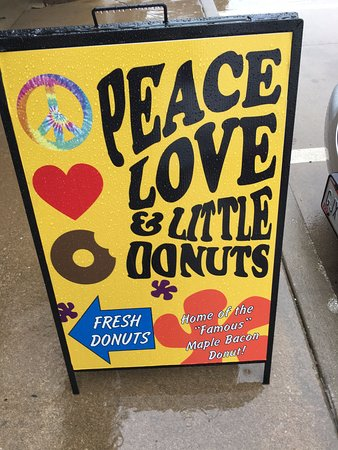 Uniontown, OH: Great Donuts!
