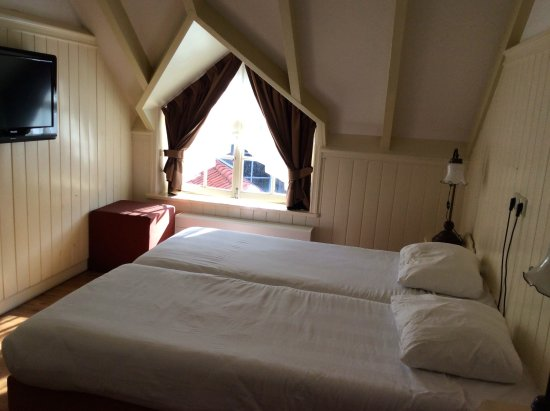 Hotel Spaander: Mind your head on the sloping cailing