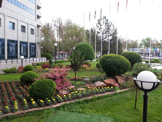International Hotel Tashkent: 20170413_064708_large.jpg