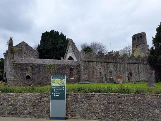 Malahide Castle: Abbey