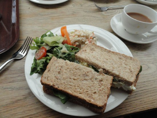Lechlade, UK: Egg mayonnaise sandwich