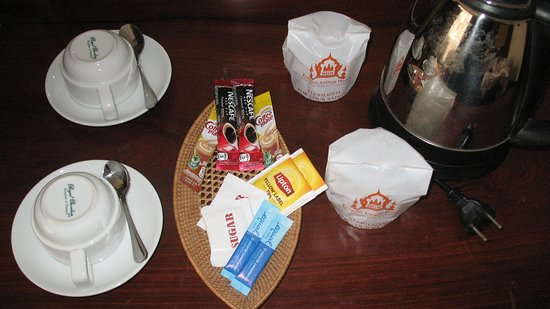 Empress Angkor Resort & Spa: Coffee and tea