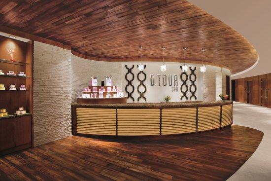 Motorcity casino hotel 151 4 2 8 updated 2018 for Hotels near motor city casino