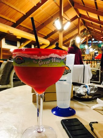 Glacier Canyon Lodge: they have great choices for drinks