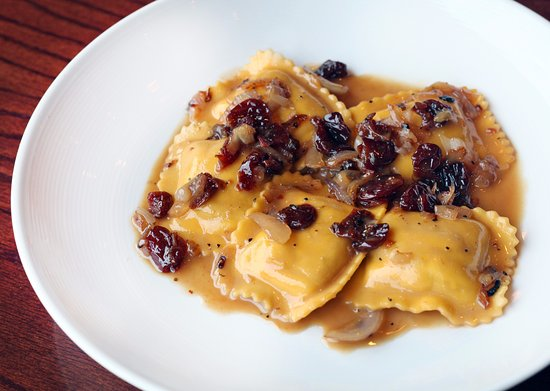 Plymouth, ميتشجان: Butternut squash ravioli