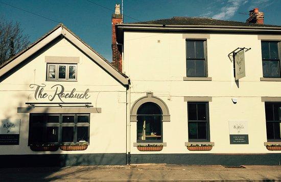 Draycott in the Clay, UK: The newly refurbished Roebuck