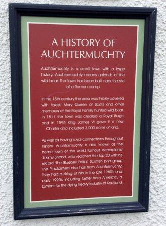 Auchtermuchty, UK: photo0.jpg