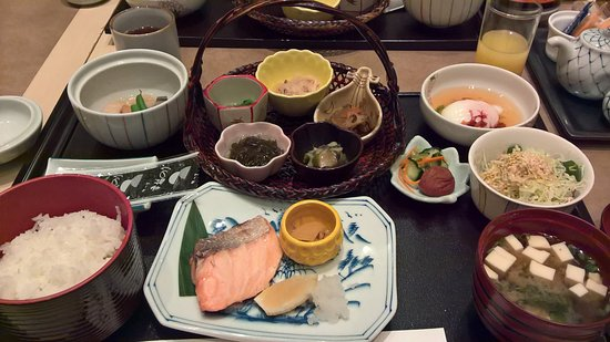 Okura Garden Hotel Shanghai: The traditional Japanese breakfast that was included in the stay was outstanding.
