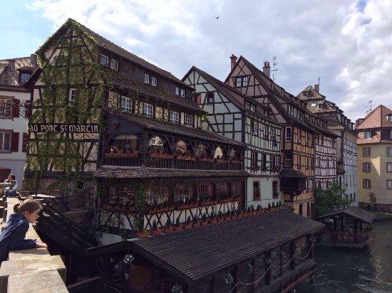 Les quais de l 39 ill picture of centre ville de strasbourg - Chambre d hotes strasbourg centre ville ...