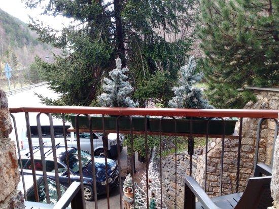 Llorts, Andorra: Vista desde el balcón.