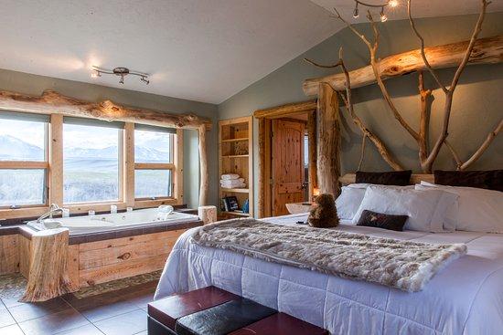 Blue Sky Cabins: bedroom area