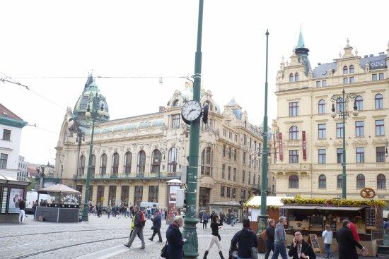 Gegenüber vom Einkaufszentrum - Palladium. - Picture of PALLADIUM ... 44cd361372f