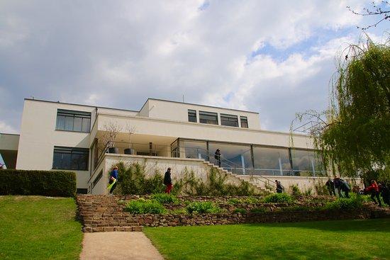 Μπρνο, Τσεχική Δημοκρατία: Villa Tugendhat, vista dal giardino