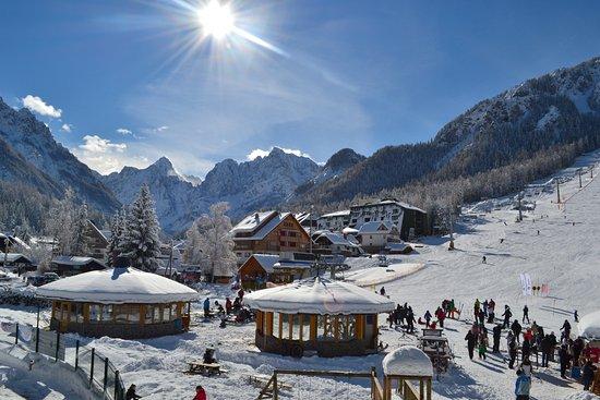 Apartments Helena: Kranjska gora by winter