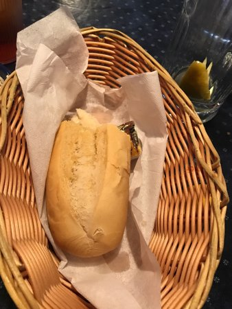 Laurel, MD: I was disappointed when my meal came to the table there was a basket of bread instead of cornbre