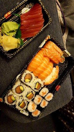 Borehamwood, UK: Salmon set + tuna sashimi