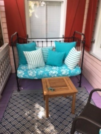 Key West Bed and Breakfast: Peaceful porches to enjoy the KW mornings