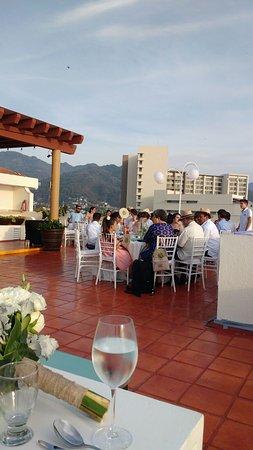 Plaza Pelicanos Grand Beach Resort: IMG-20170414-WA0001_large.jpg