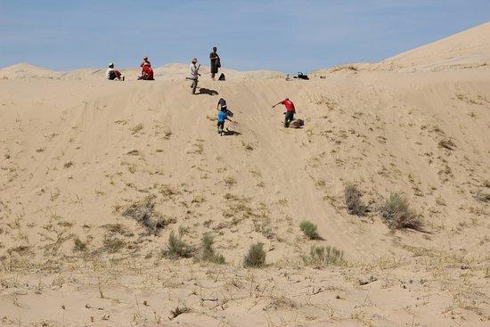 Essex, Kaliforniya: Kelso Dunes - Sandboarding