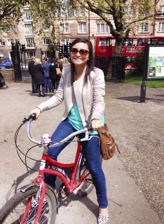 Fat Tire Bike Tours - London: Fat Tire bike tour - right at the starting location in the park