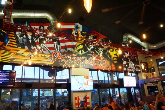 Oviedo, FL: KISS - Rock N Roll themed restaurant... .