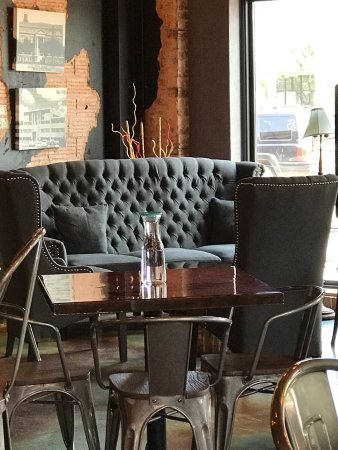 Seminole, TX: Wonderful seating areas!