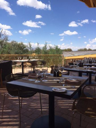 Explora Atacama - All Inclusive: Lunch on the patio at Explora Atacama