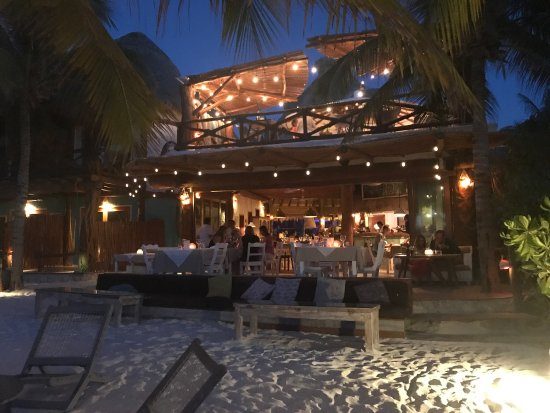 Mandarina Restaurant & Beach club by Casa Las Tortugas: photo0.jpg