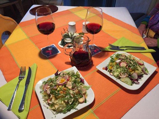 Zum Nachtwaechter: Fresh salad- delicious.