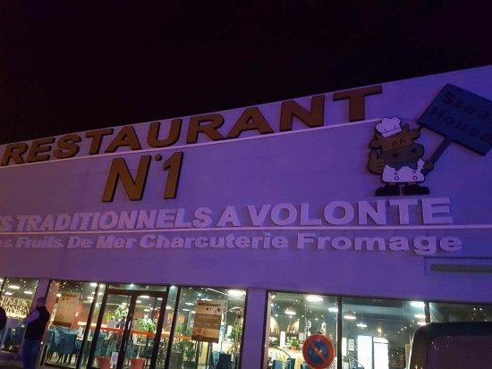 Salle Picture of Restaurant Numero 1, La Ville Du Bois TripAdvisor # Restaurant La Ville Du Bois