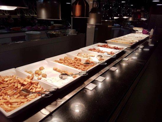 Buffet Picture of Restaurant Numero 1, La Ville Du Bois TripAdvisor # Restaurant La Ville Du Bois
