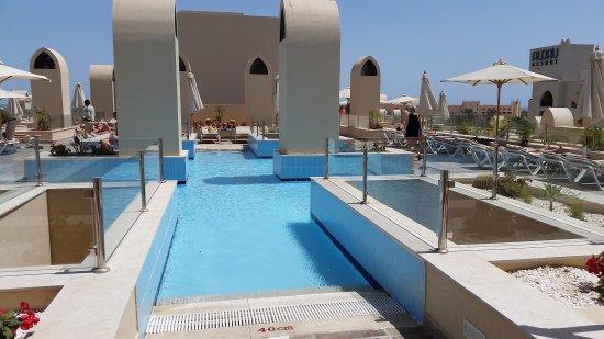 Dachterrasse Mit Pool Bild Von Steigenberger Aqua Magic