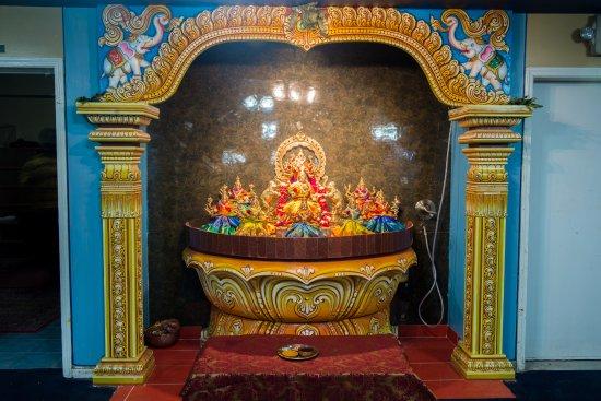 พอนทีแอก, มิชิแกน: Asthalakshmi Sannidhi
