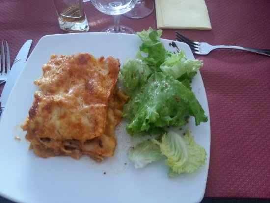 ‪‪Pont-a-Mousson‬, فرنسا: PLAT: Lasagnes saumon‬