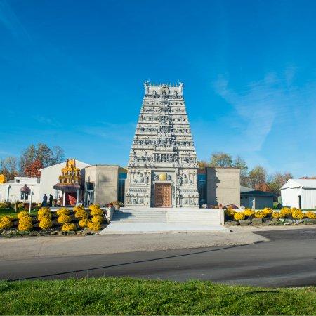 Pontiac, MI: Magnificient Rajagopuram