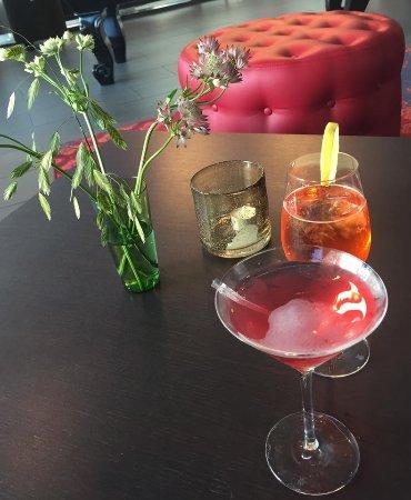Park Inn By Radisson Lund: Vi nød en dejlig drink i deres hyggelige bar-område.