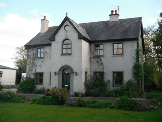 Tubbercurry, Ireland: Our house.