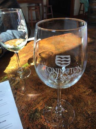 Stonington Vineyards : photo0.jpg