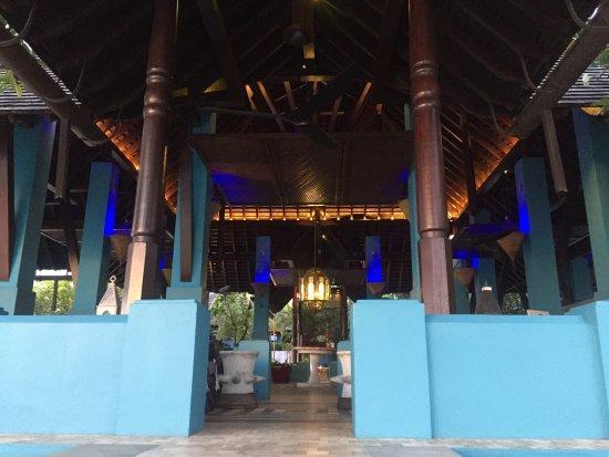 Rhu Bar