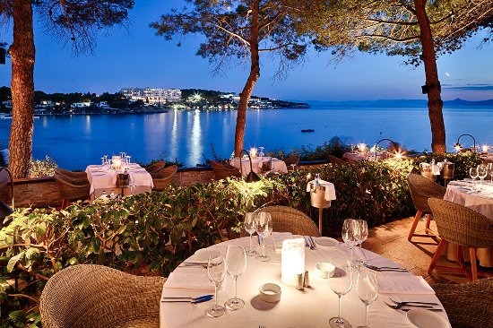 Vouliagmeni, Greece: Indulge in the beauty of Athens Riviera with a whimsical dinner at Ithaki Restaurant