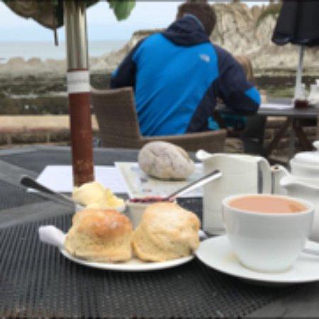 Lee, UK: Cream Tea at Smugglers Cottage