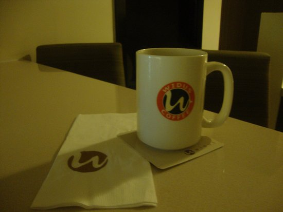 Widus Hotel and Casino: Happiness is a cup of coffee.