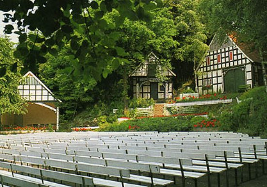 Lubbecke, Duitsland: Freilichtbuehne Kahle Wart