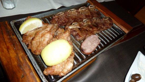 Los Robles Restaurant Parrilla: Grigliata