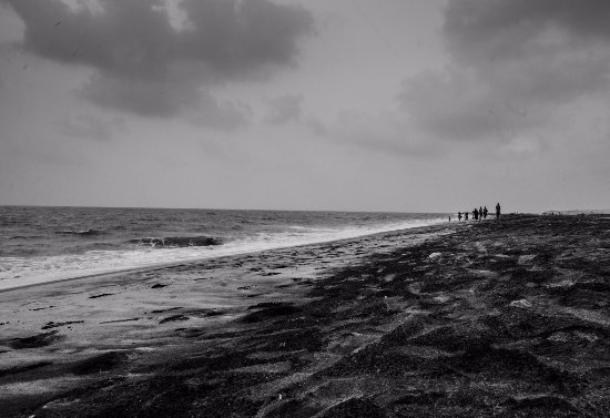 Thottappally Beach: Black sands of Thottappally