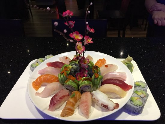Ichiban Japanese Restaurant: Sushi for Two!