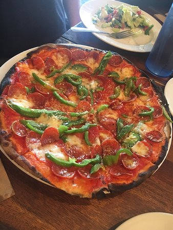 Amato's Woodfired Pizza To Go: photo3.jpg